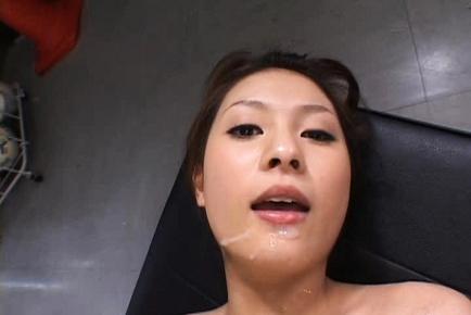 Akina Miyase Asian schoolgirl in sweet panties