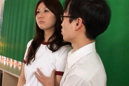 Yui Tatsumi Japanese hot schoolgirl enjoys sex