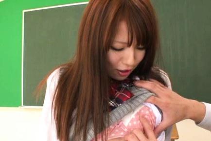 Naho Koizumi Asian schoolgirl has sex at school