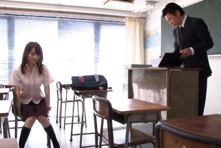 Hotaru Yukino sexy Japanese schoolgirl