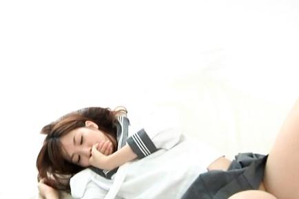 Miyu Akimoto Japanese schoolgirl gets fingered