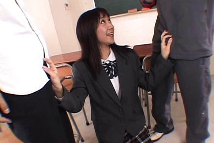 Ryo Akanishi schoolgirl gives double blowjob