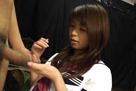 Kinky Riko Araki strokes a fat cock